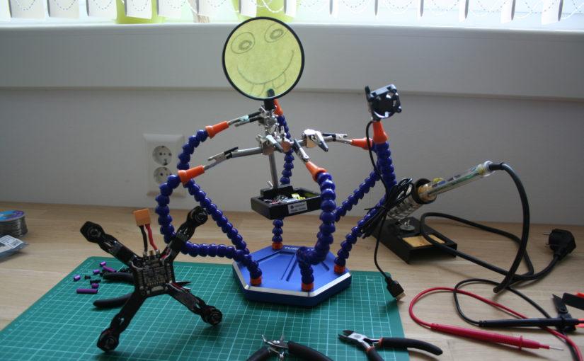Review: Turnigy zes helpende handjes soldeerhulp